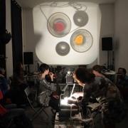 N_auderrose_drei_miniaturen_live_overhead_performance_concert_02