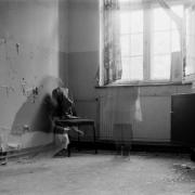 auderrose_brentsqar_elisabeth_piano_house_6x9_agfabox_03
