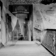 auderrose_brentsqar_elisabeth_piano_house_6x9_agfabox_08